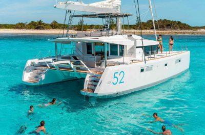Catamaran-ibiza-seminaire-team-building
