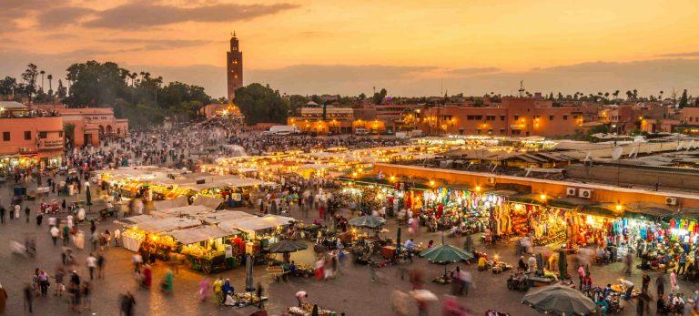 Le célèbre marché Jamaa-el-Fna
