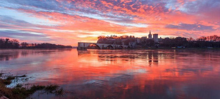 <strong>Coucher de soleil sur le Pont Saint-Bénézet</strong>