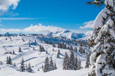 Neige sur les montagnes