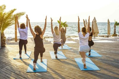 yoga-beach-seminaire-barcelona